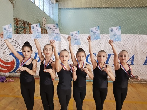 """Команда """"Сияние"""" 2009-2010 г.р"""